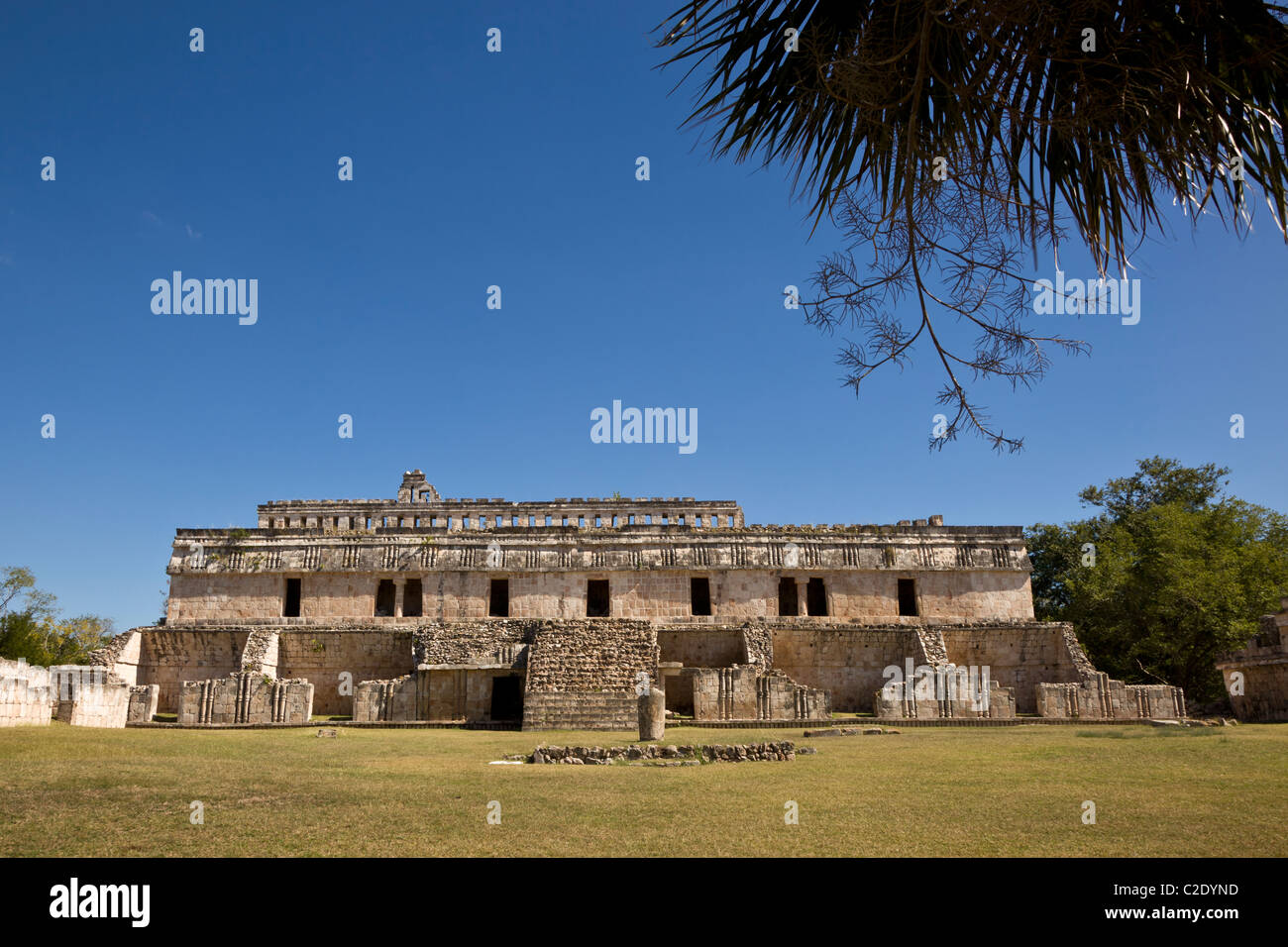 El Palacio or The Palace at the Puuc style Maya ruins of Kabah along the Puuc Route in the Yucatan Peninsula, Mexico. - Stock Image