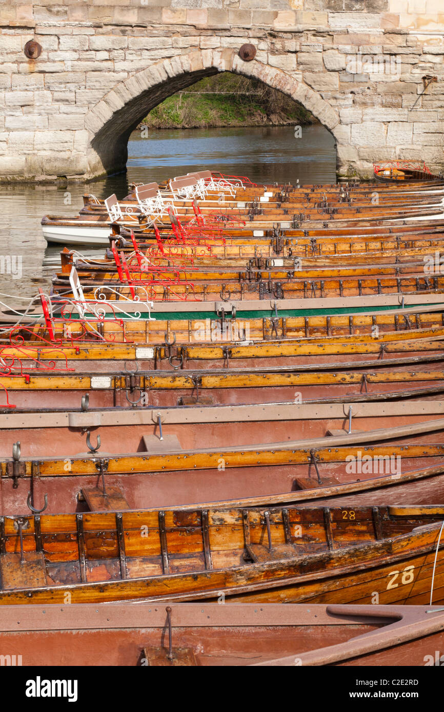 Rowing boats for hire on the River Avon at Stratford upon Avon, Warwickshire, England, UK - Stock Image