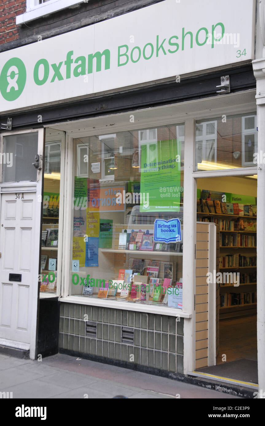 Oxfam Bookshop books secondhand charity shop good cause recycling - Stock Image