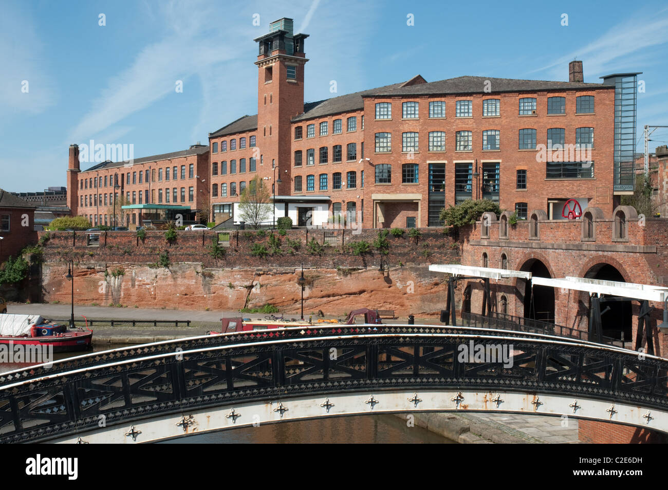 Refurbished offices Bass Warehouse in the Castlefield district of Manchester. - Stock Image