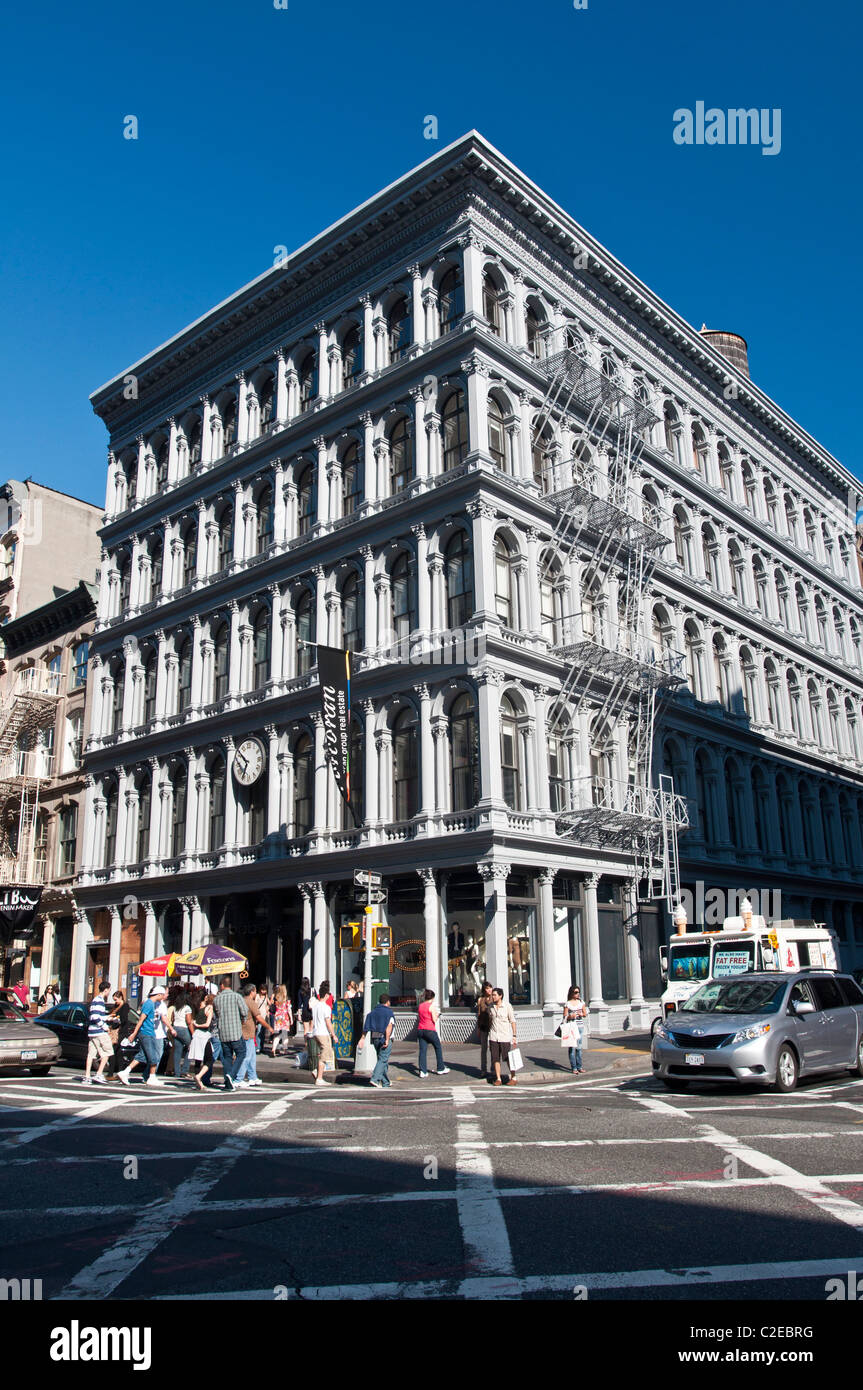 E. V. Haughwout Building, cast-iron, commercial loft, corner of Broome Street and Broadway, SoHo, Manhattan, New - Stock Image