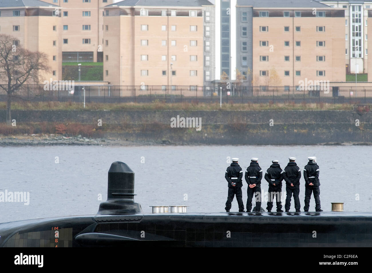 HMS Astute, the Royal Navy's latest nuclear submarine sail up Gareloch on the Firth of Cylde to her new base - Stock Image