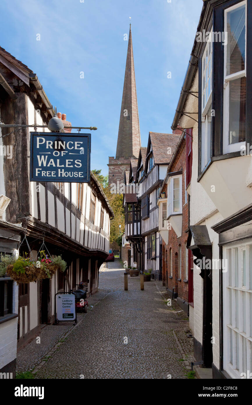 Church lane a cobbled medieval street in the market town of Ledbury Herefordshire England UK GB EU Europe - Stock Image
