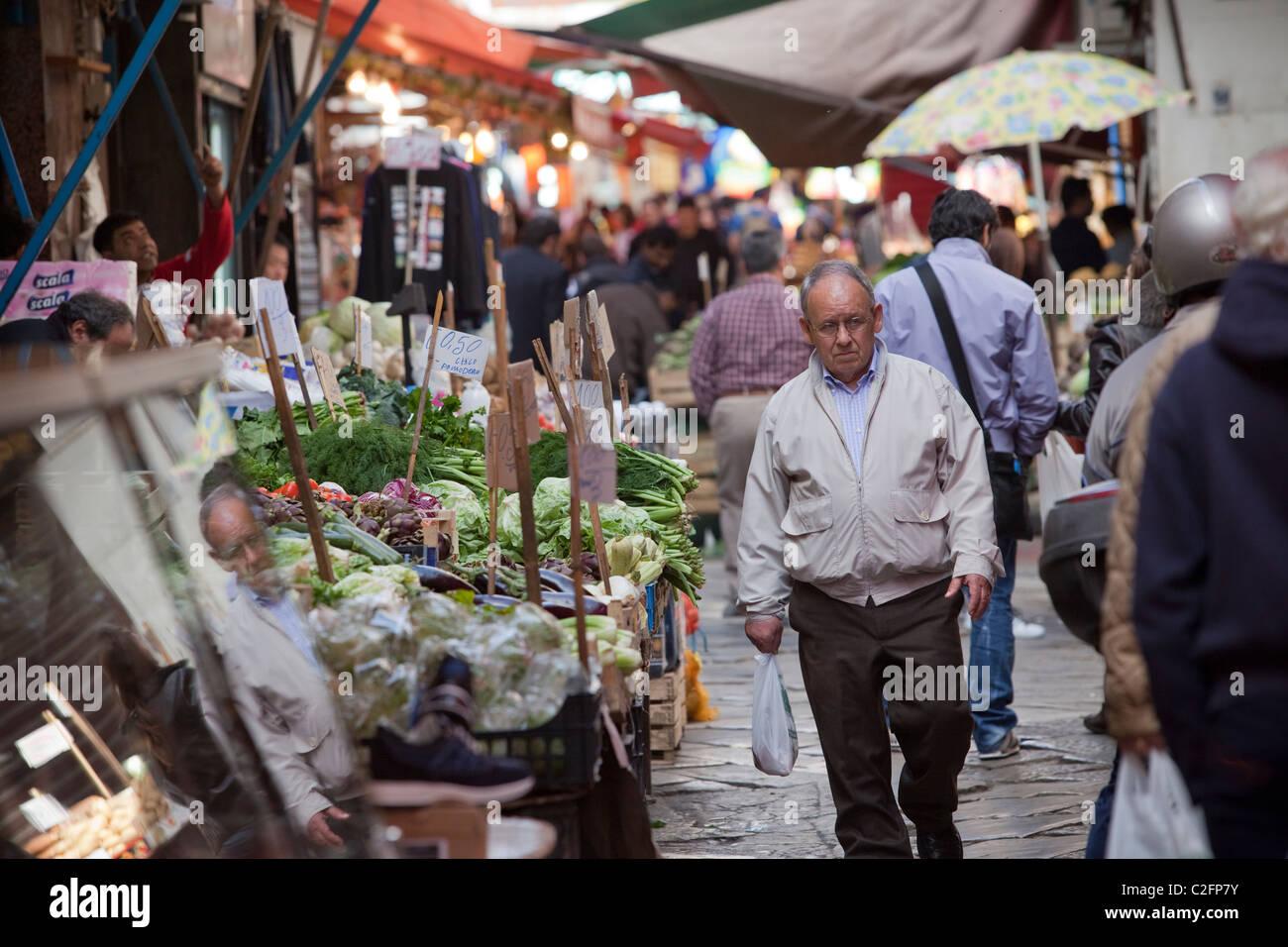 Ballaro Market (mercato) Palermo Sicily Italy - Stock Image