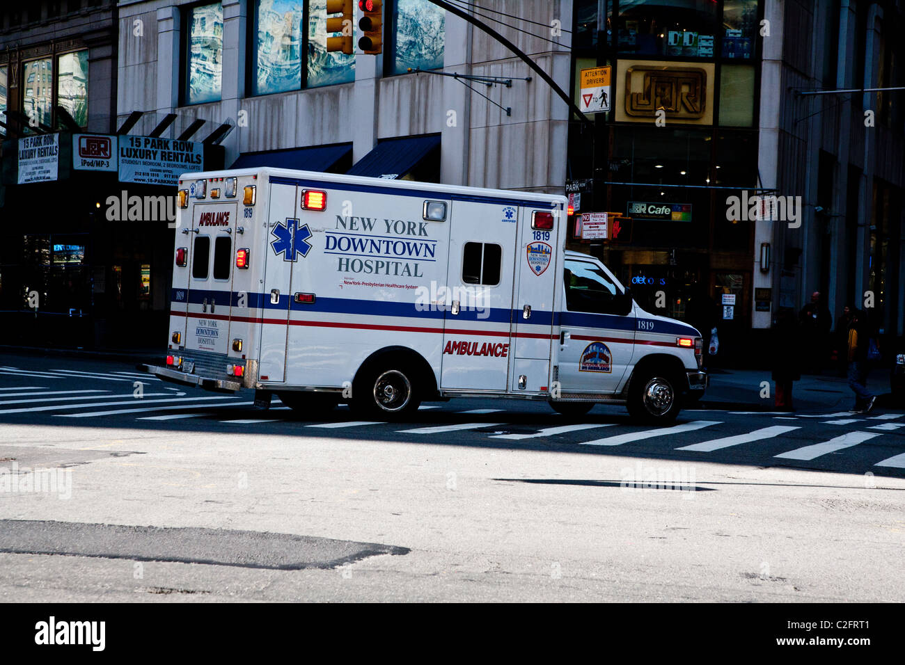 A Ambulance Returning To The New York Downtown Hospital Stock Photo