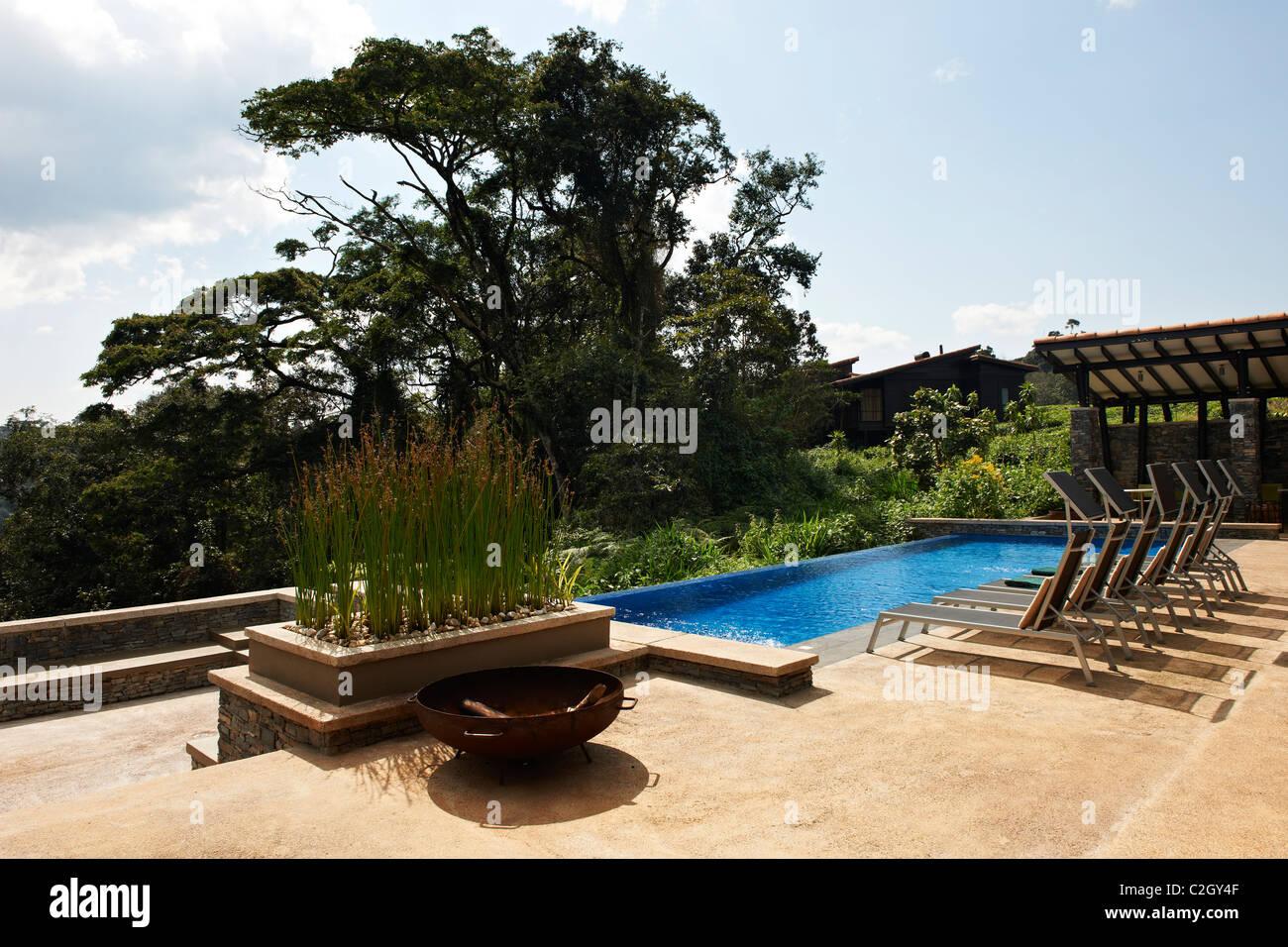 swimming pool in five star luxury Nyungwe Forest Lodge, Parc National de Nyungwe, Rwanda, Africa - Stock Image