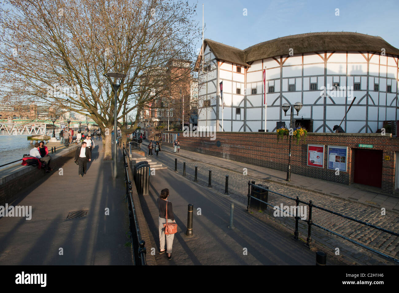 The Globe Theatre on the south bank of the River Thames in London, England, UK. - Stock Image