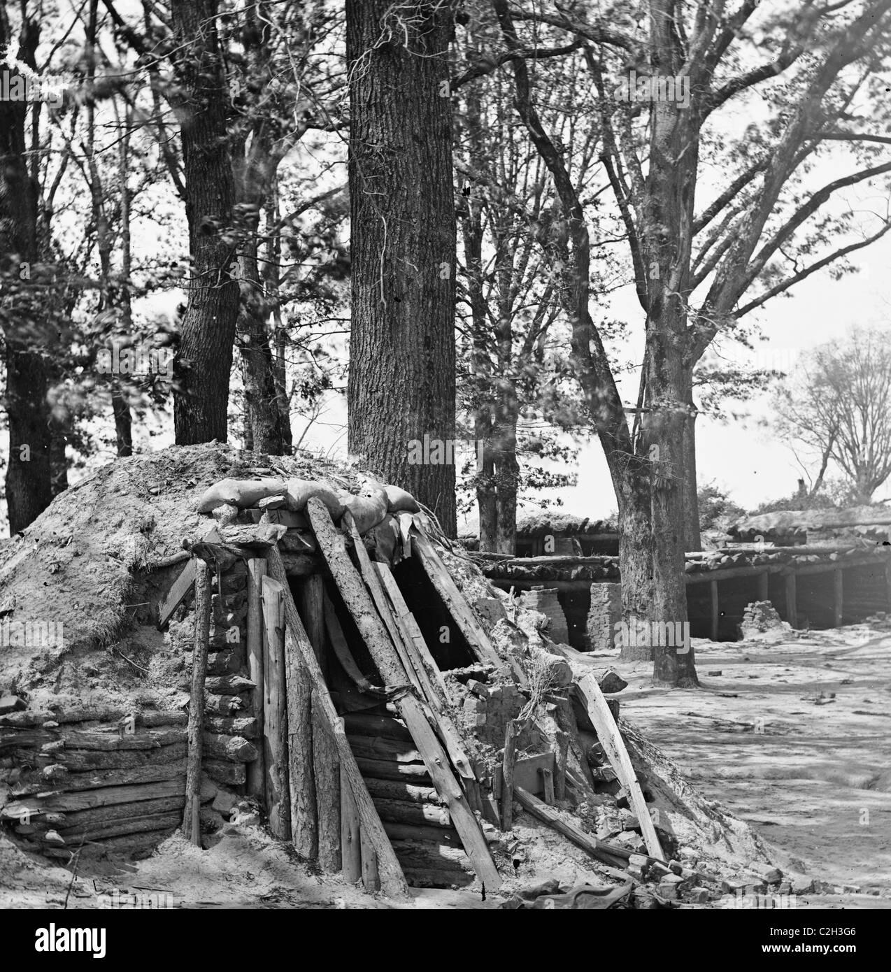 Petersburg, Va. Interior of Fort Steadman; bomb-proof in foreground - Stock Image
