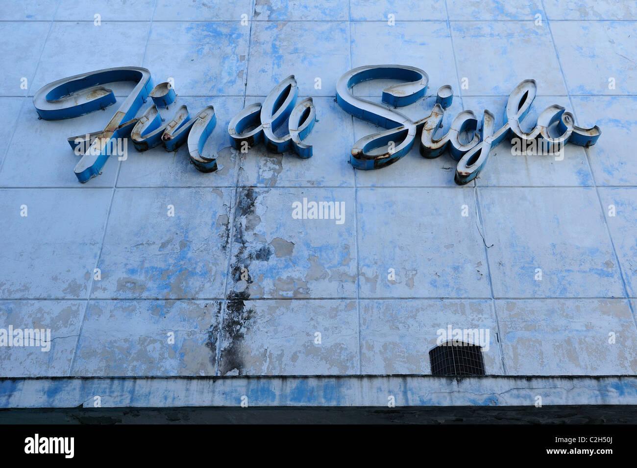 Havana. Cuba. Centro Habana. Fin de Siglo signage on a cinema building. - Stock Image