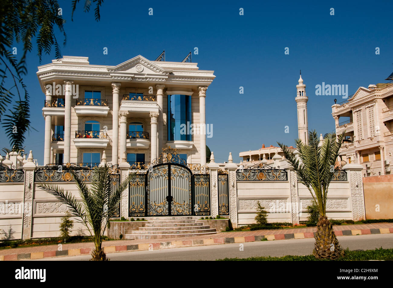 Hama Syria expensive house villa wealthy family - Stock Image