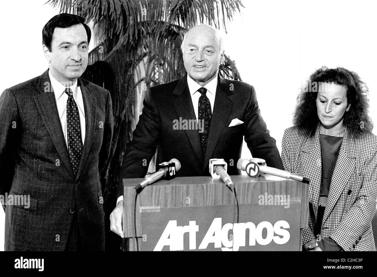 Former San Francisco Mayor Joe Alioto (speaking) & daughter Angela Alioto support Art Agnos for Mayor 1980s - Stock Image
