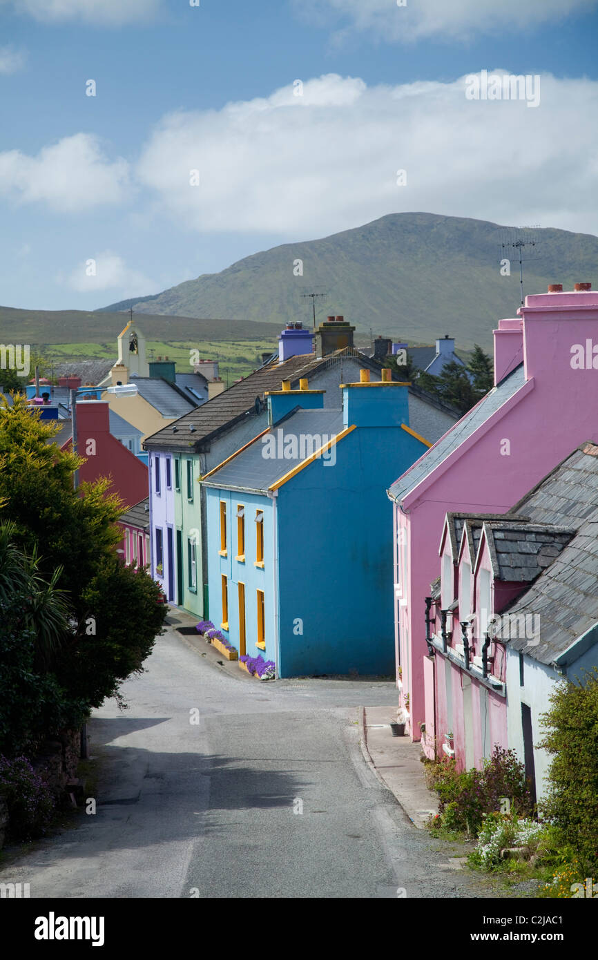 The brightly coloured houses of Eyeries village, Beara Peninsula, County Cork, Ireland. - Stock Image