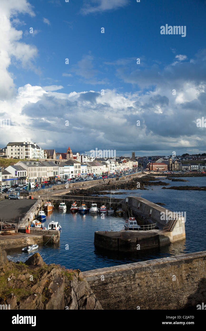 Portstewart harbour and promenade, Co Derry, Northern Ireland. - Stock Image