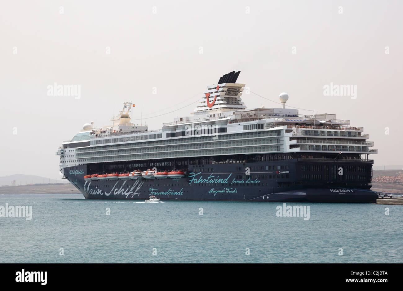 Cruise Ship Mein Schiff in the harbour of Puerto del Rosario, Canary Island Fuerteventura, Spain. - Stock Image