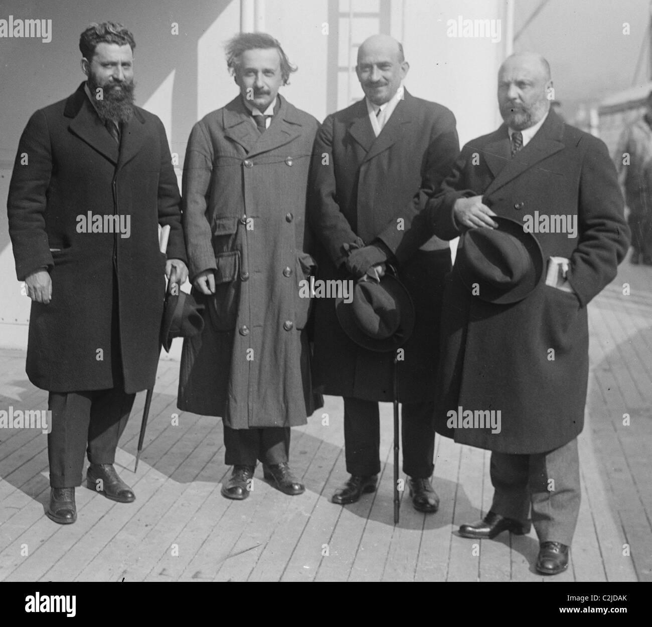 Mossessohn, Chaim Weizman, Albert Einstein, Ussischkin - Stock Image