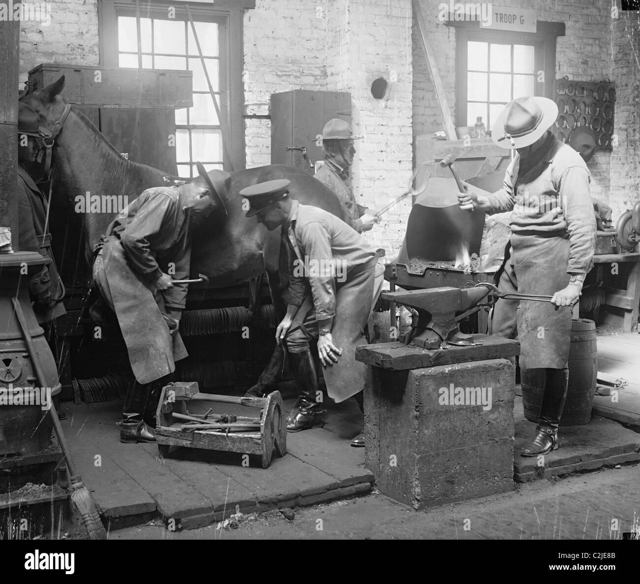 Army Blacksmiths Shoe Horses - Stock Image