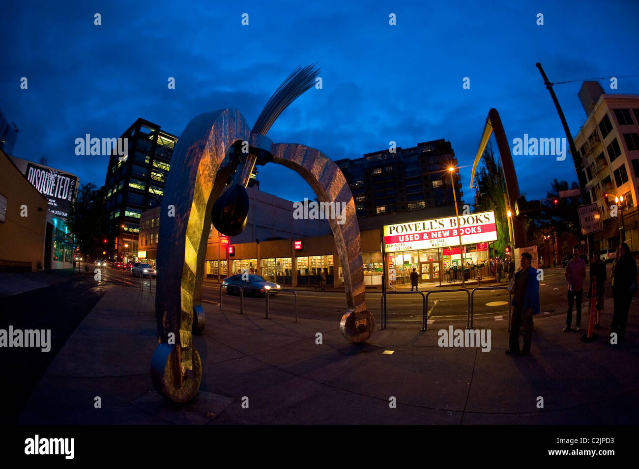 POD kinetic sculpture by Peter Beeman, located downtown on W Burnside, across from Powell's City of Books, Portland, - Stock Image