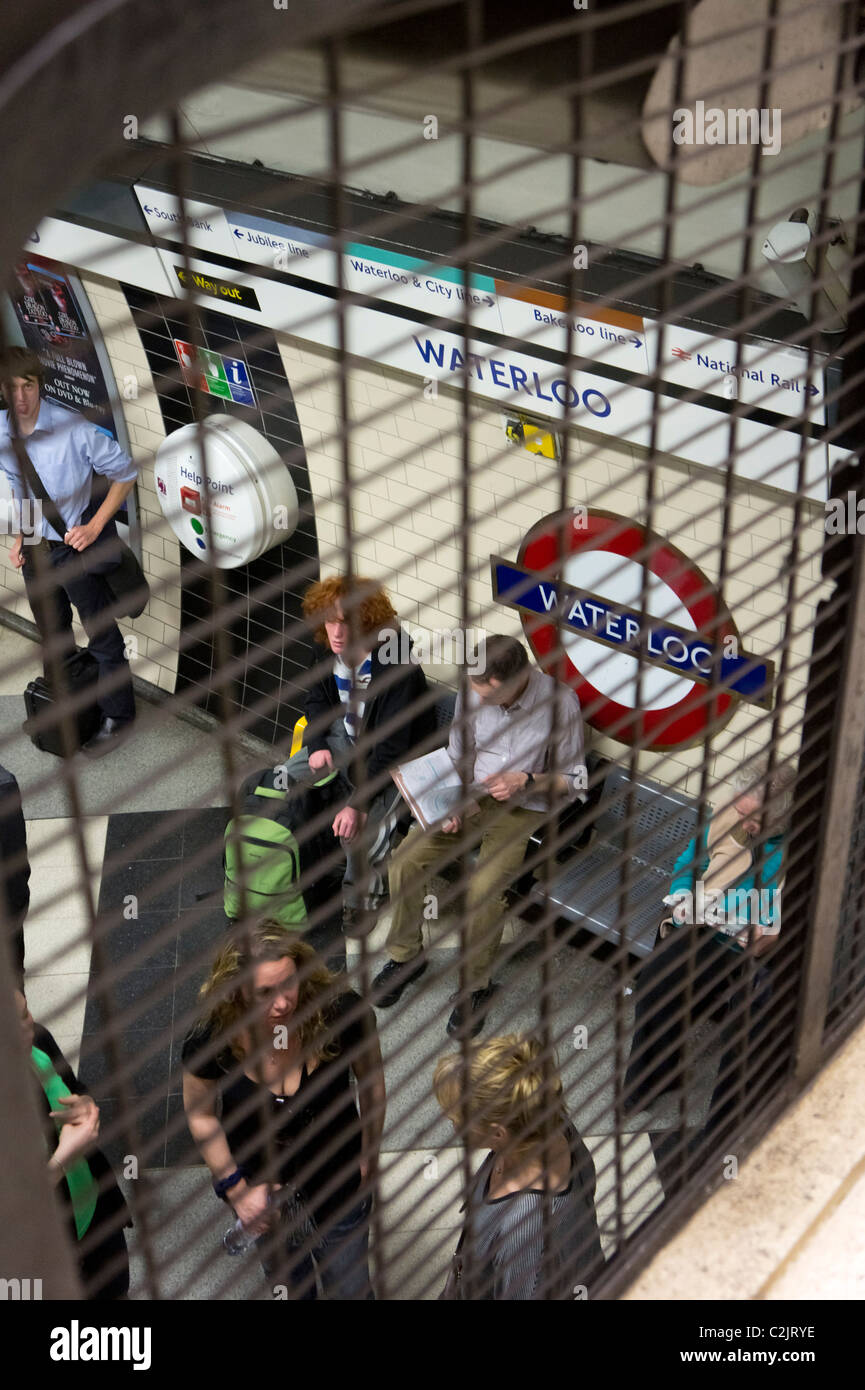 Waterloo underground tube station platform, London, England, UK - Stock Image