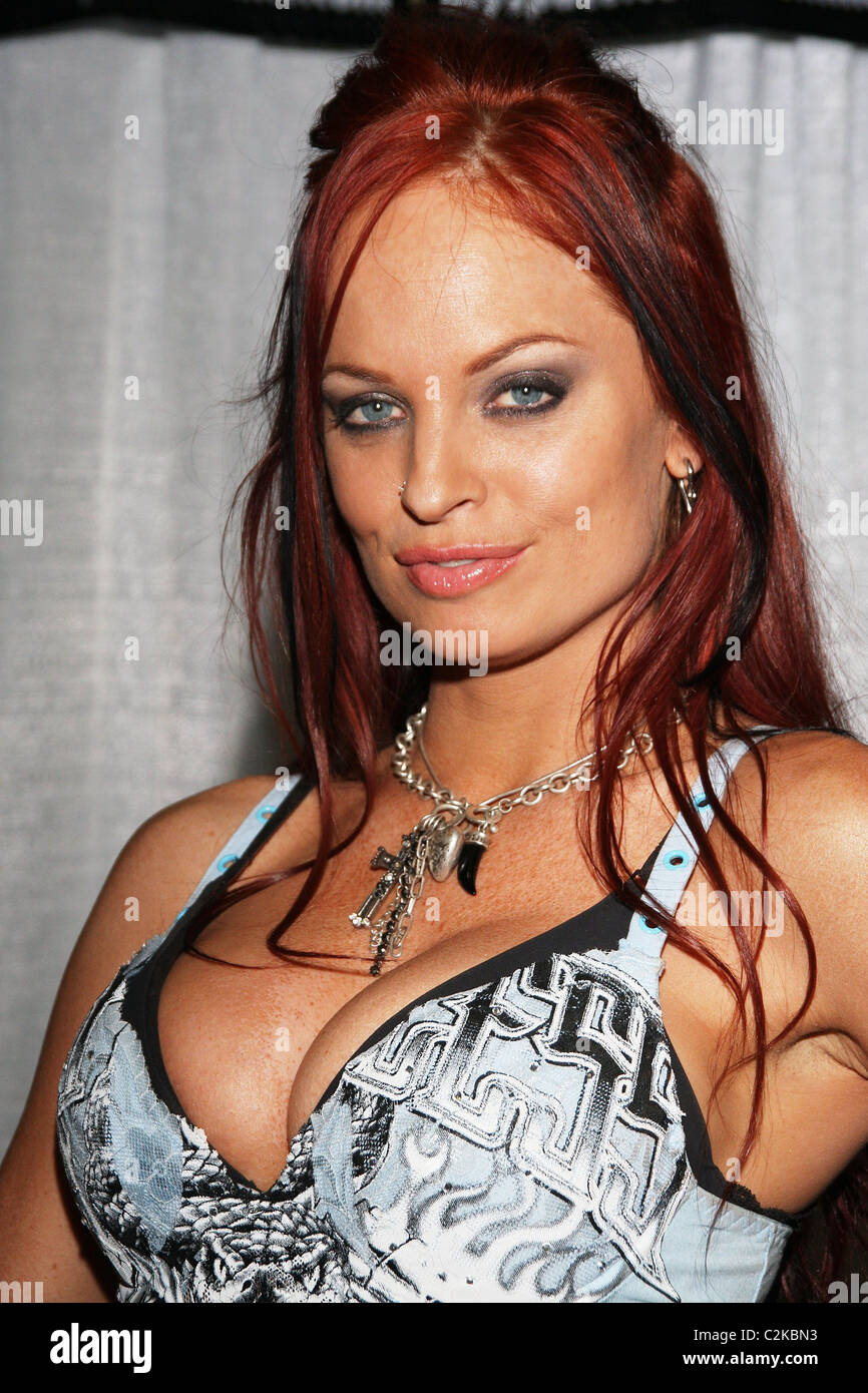 2019 Christy Hemme nude (79 photos), Sexy, Cleavage, Feet, cleavage 2020