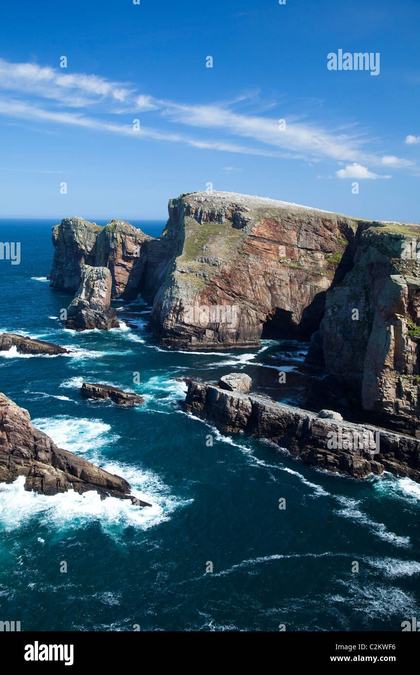 The cliffs of Dun Balair, at the northeastern tip of Tory Island, County Donegal, Ireland. - Stock Image