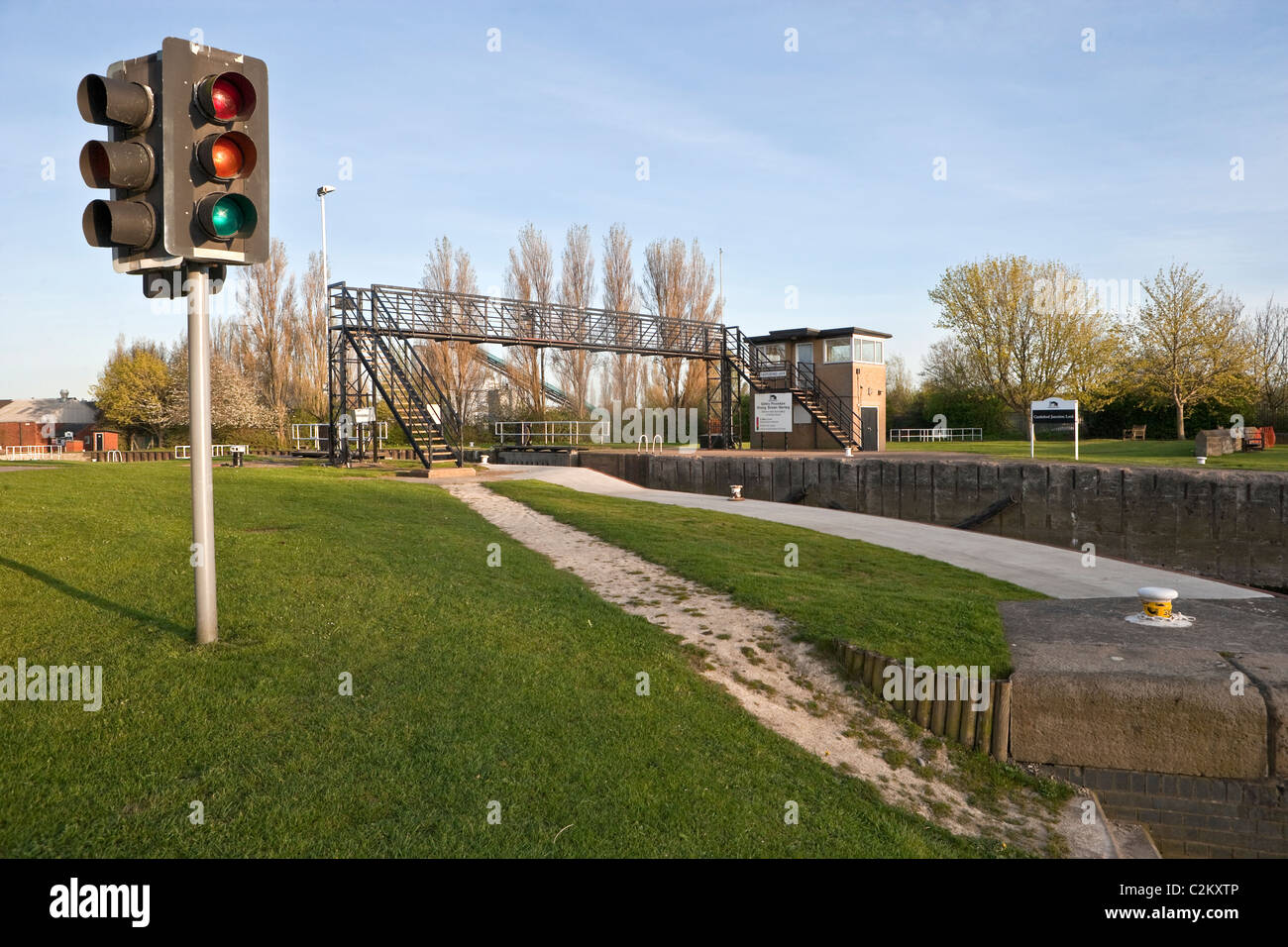 Castleford Lock on the Aire & Calder Navigation looking towards Goole showing traffic lights system. - Stock Image