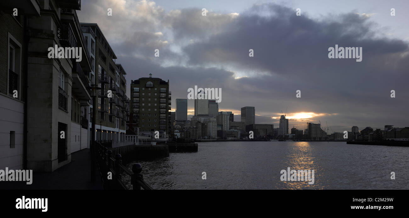 River Thames panorama from Limehouse towards Canary Wharf, London. - Stock Image