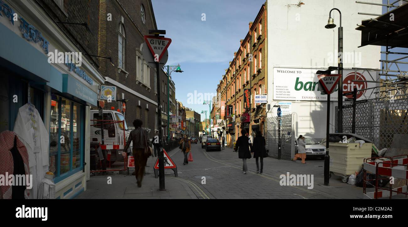 Street scene Brick Lane, Tower Hamlets, London. - Stock Image