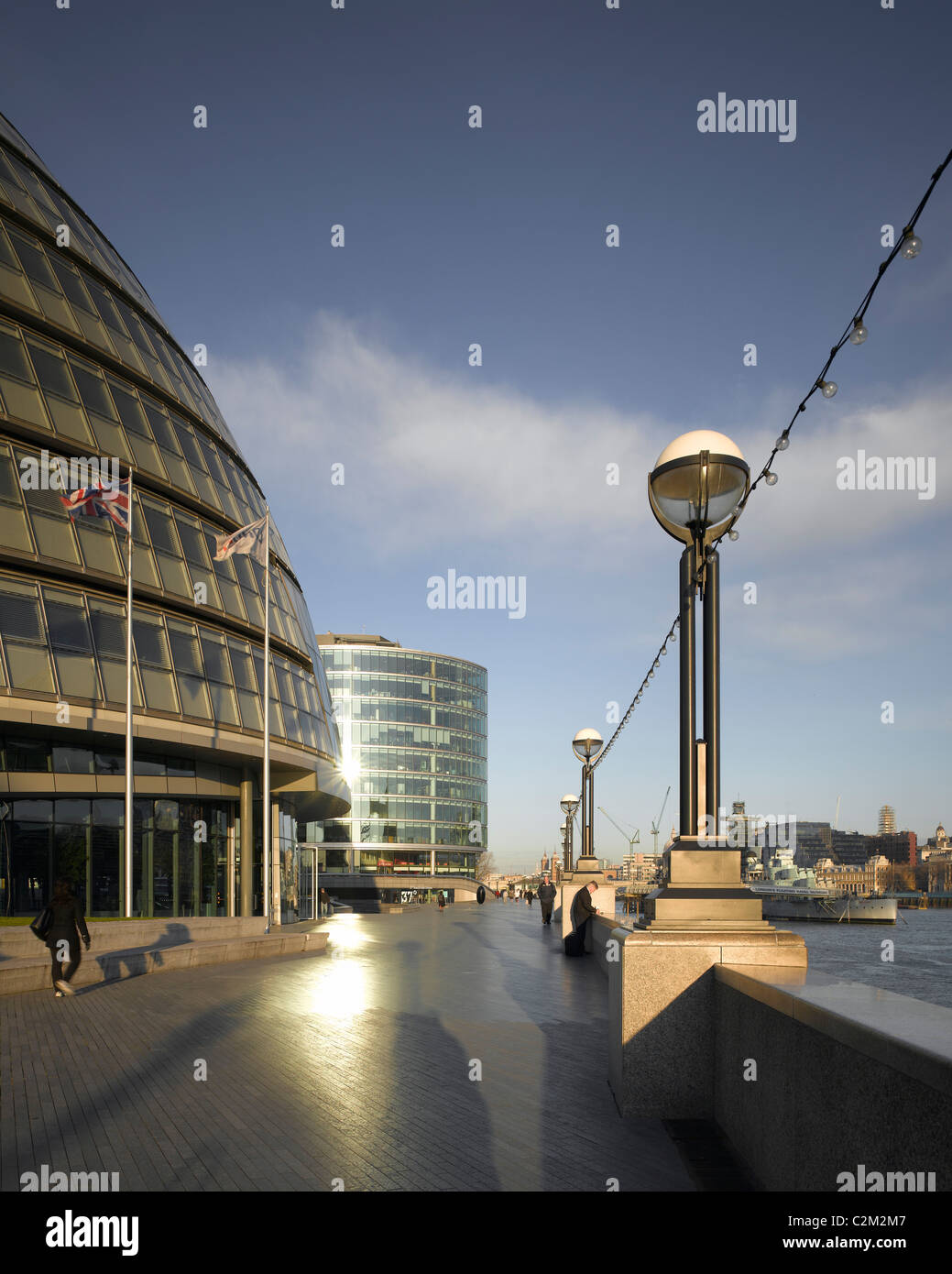 More London and County Hall offices, London. - Stock Image