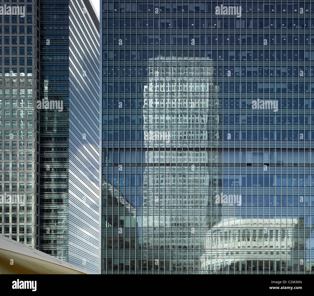 One Canada Square reflection, Canary Wharf Tower, Docklands, London. - Stock Image