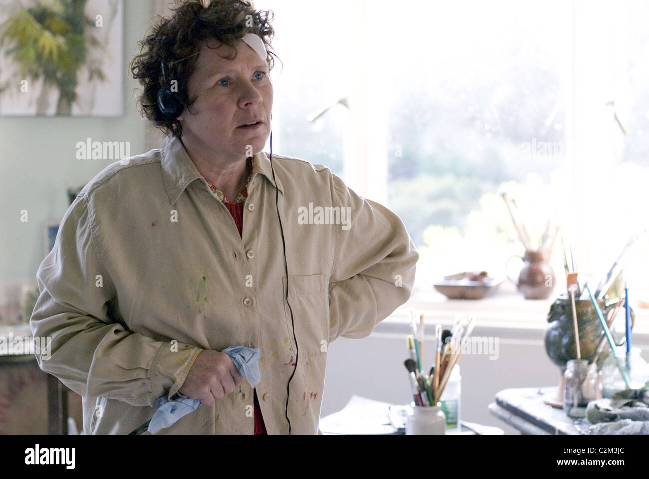 HOW ABOUT YOU... (2007) ANTHONY BYRNE (DIR) IMELDA STAUNTON 008 MOVIESTORE COLLECTION LTD - Stock Image