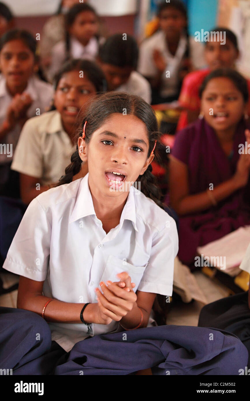 Indian girls chanting Andhra Pradesh South India - Stock Image