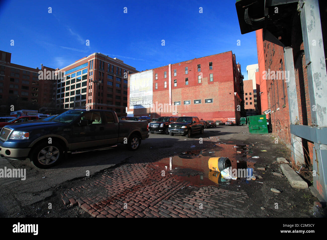 Dirty parking lot in downtown Detroit 2011 - Stock Image
