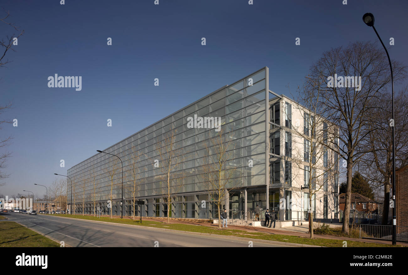 Engineering and Reception Building, Highfield Campus, University of Southampton, Hampshire. 2006. - Stock Image