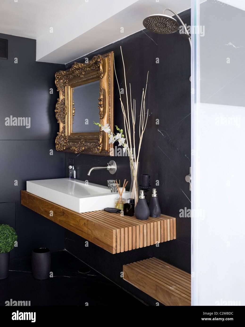 Oren Residence Modern Bathroom With Ornate Gold Framed Mirror Stock Photo Alamy