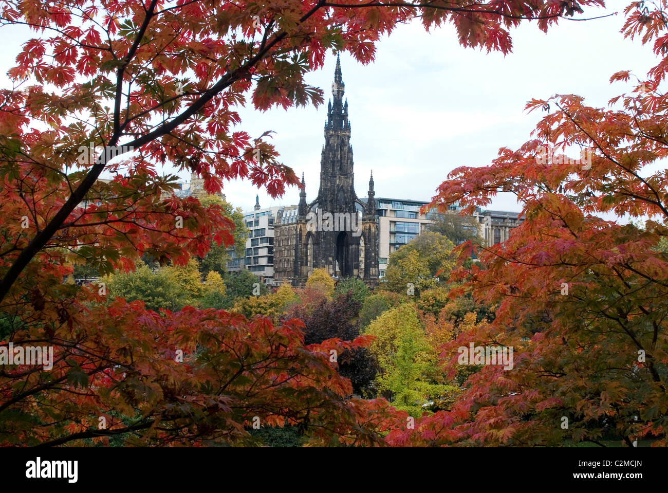 Autumn view of the Walter Scott Memorial from Princes Gardens Stock ...
