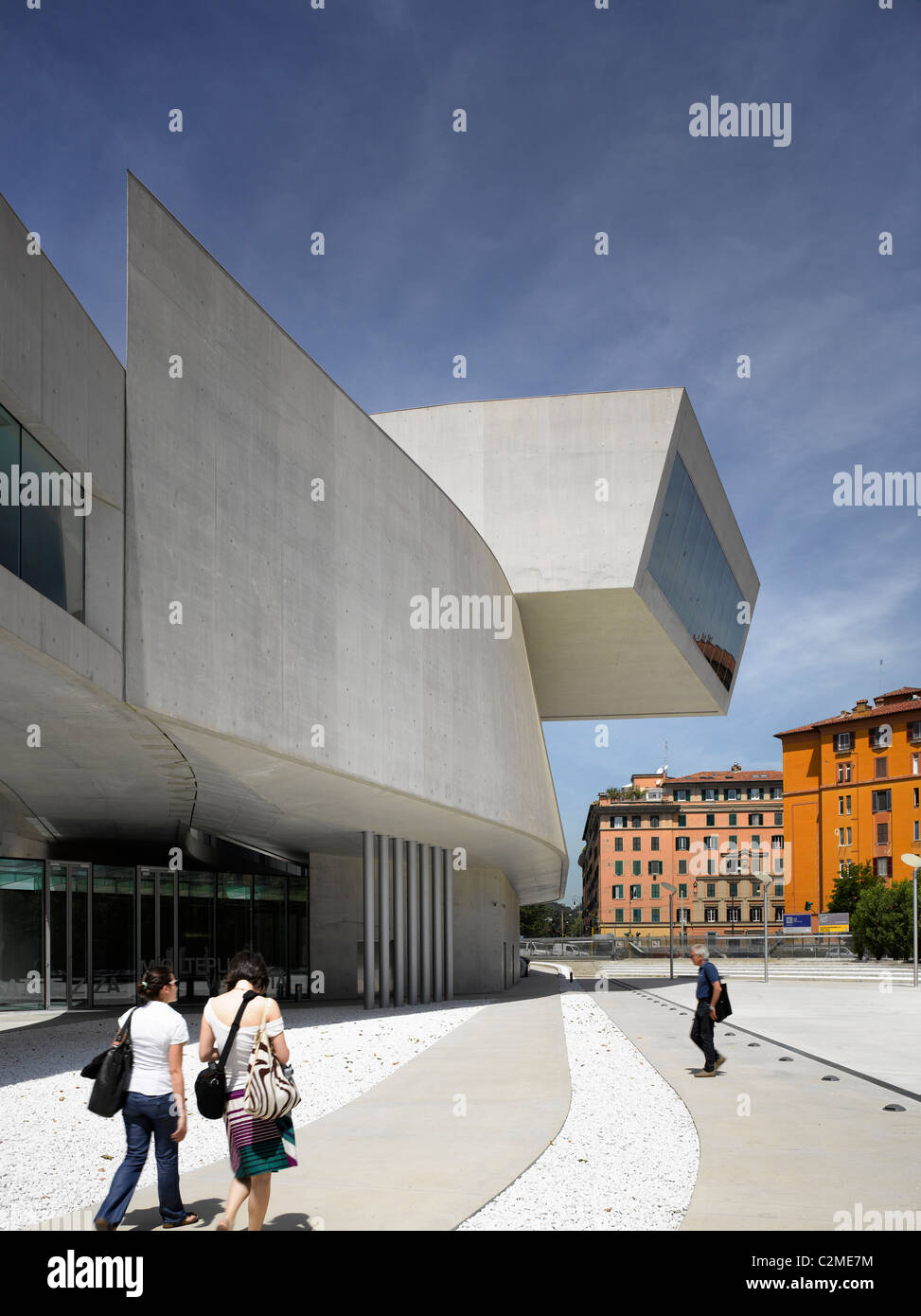 The MAXXI, National Museum of 21st Century Arts, Rome. Exterior with visitors walking to entrance - Stock Image