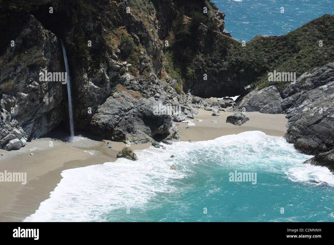 McWay Falls on the Pacific coast, Julia Pfeiffer Burns State Park, Big Sur area, California, USA - Stock Image