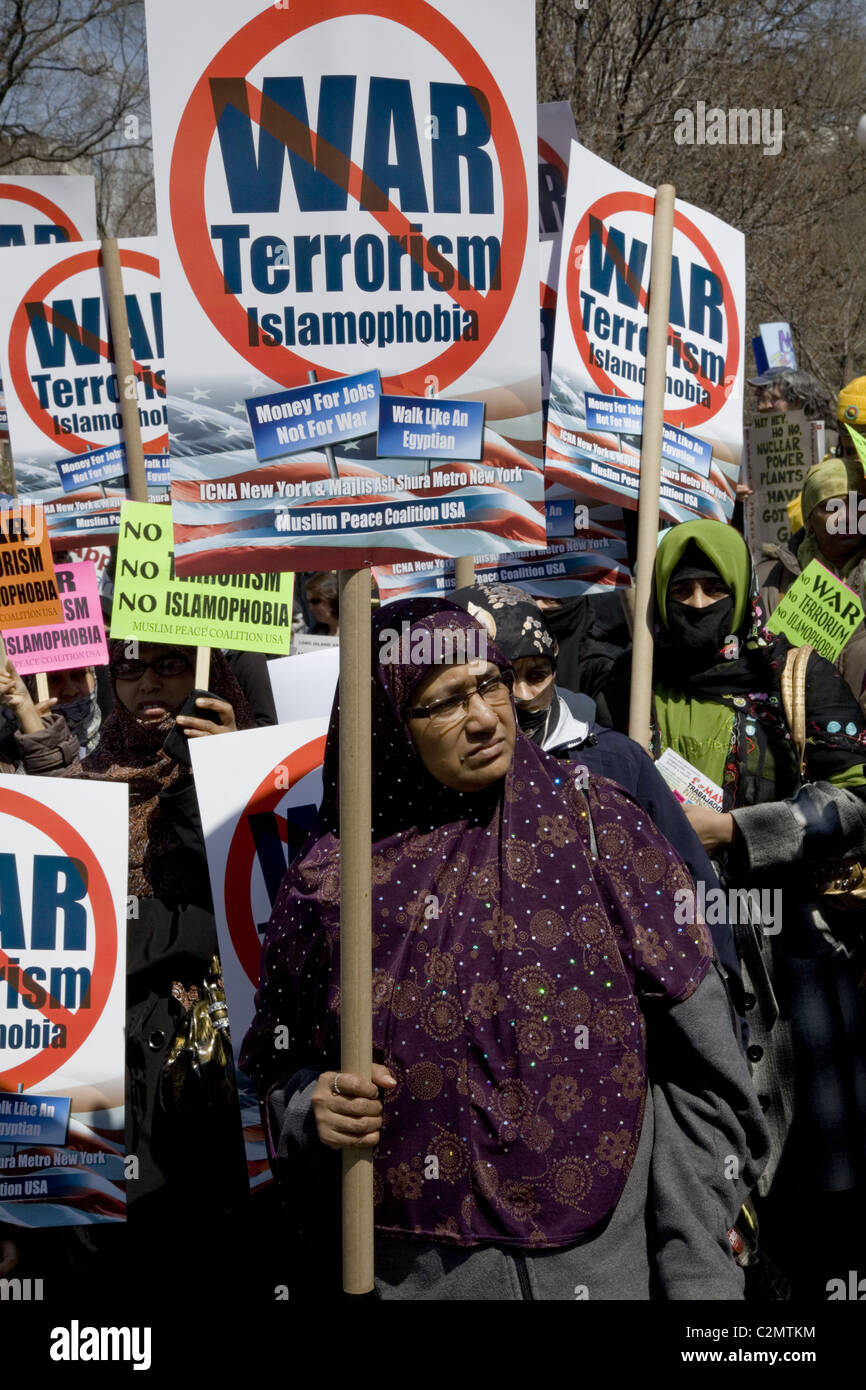 2011: A coalition of  anti-war, socialist, anti-nuclear and American Muslim groups rally and march at Union Square - Stock Image