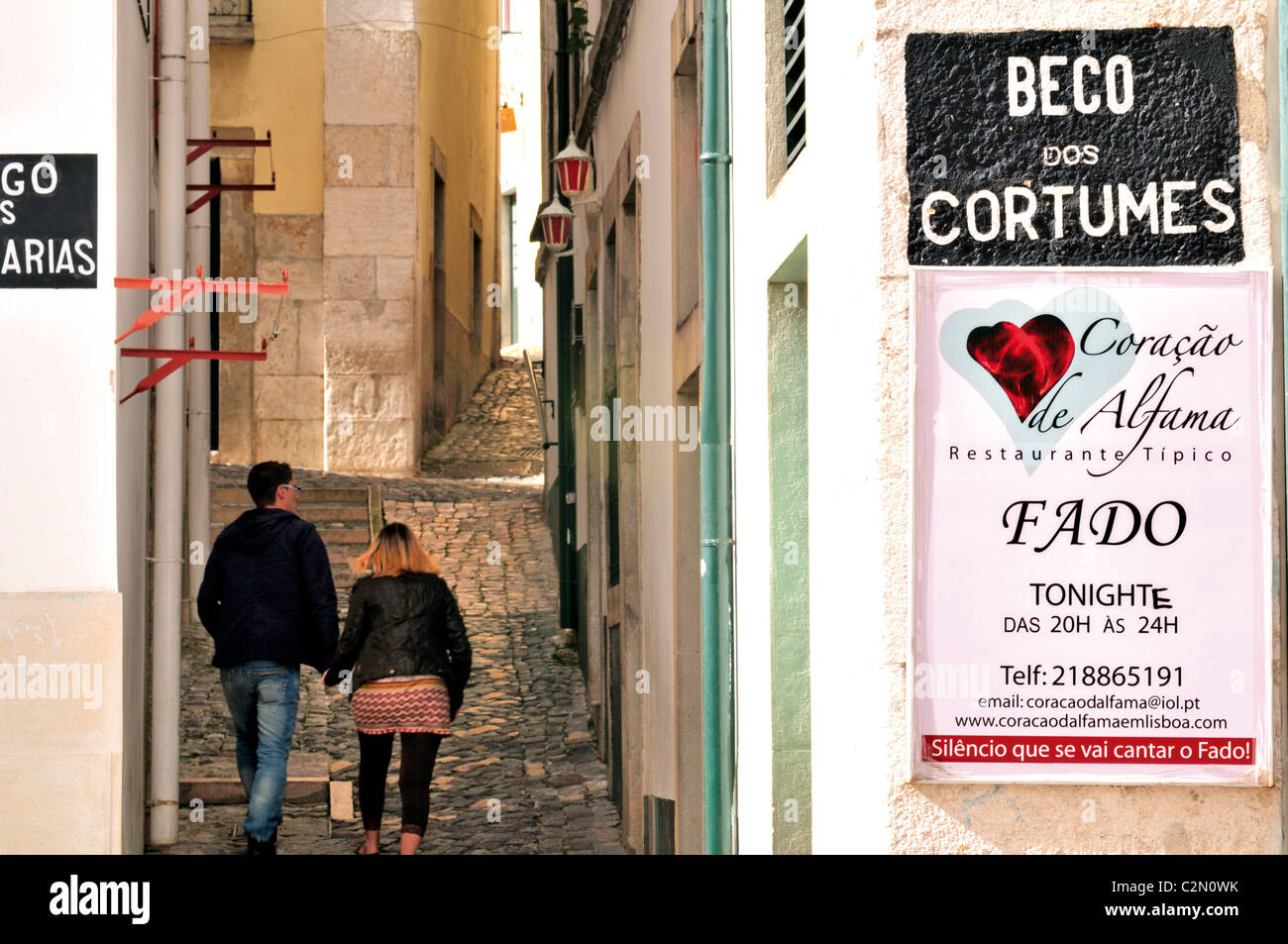 Portugal, Lisbon: Alley in the Alfama - Stock Image