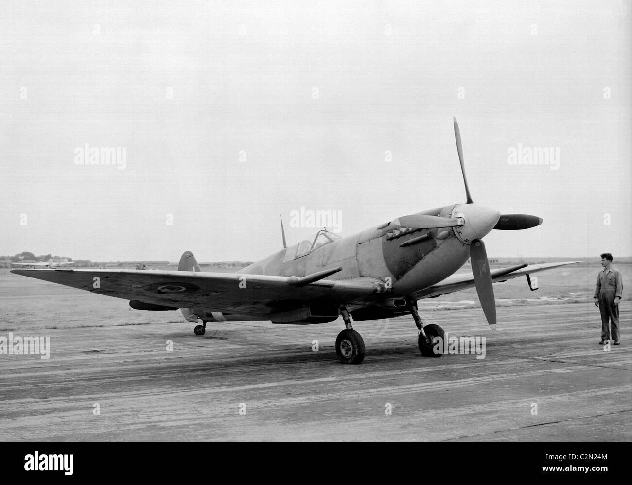 Supermarine Spitfire HF VII aircraft - Stock Image