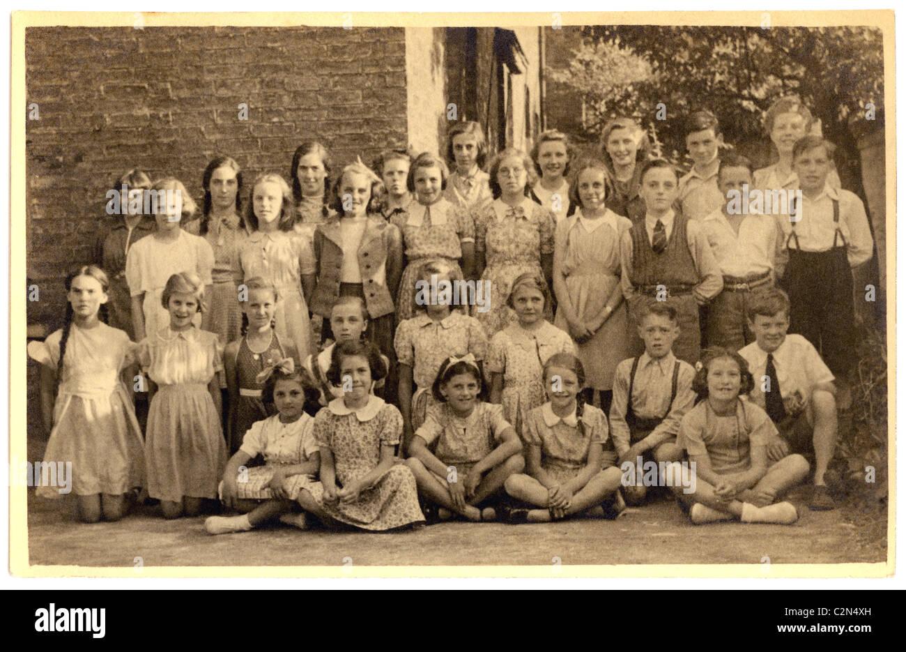 Class photograph of school children (piano class) in 1930's/1940's ,London,U.K. - Stock Image