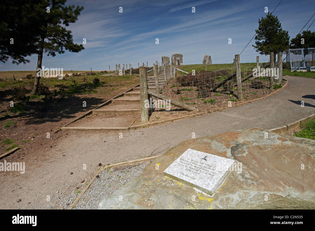 Memorial to Aneurin Bevan, and Plaque in honour to volunteers in the Spanish Civil War, between Tredegar and Ebbw - Stock Image