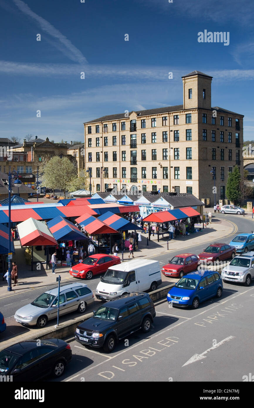 View of Dewsbury overlooking the busy open air market, Dewsbury, West Yorkshire, UK - Stock Image