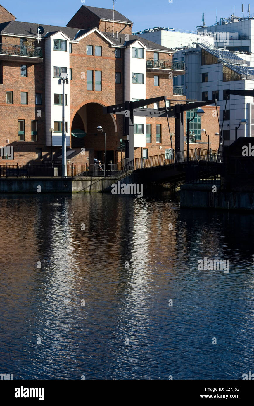 Glengall Bridge, a Dutch-style lift bridge in the heart of Docklands, near Canary Wharf, Isle of Dogs, London, E14, - Stock Image