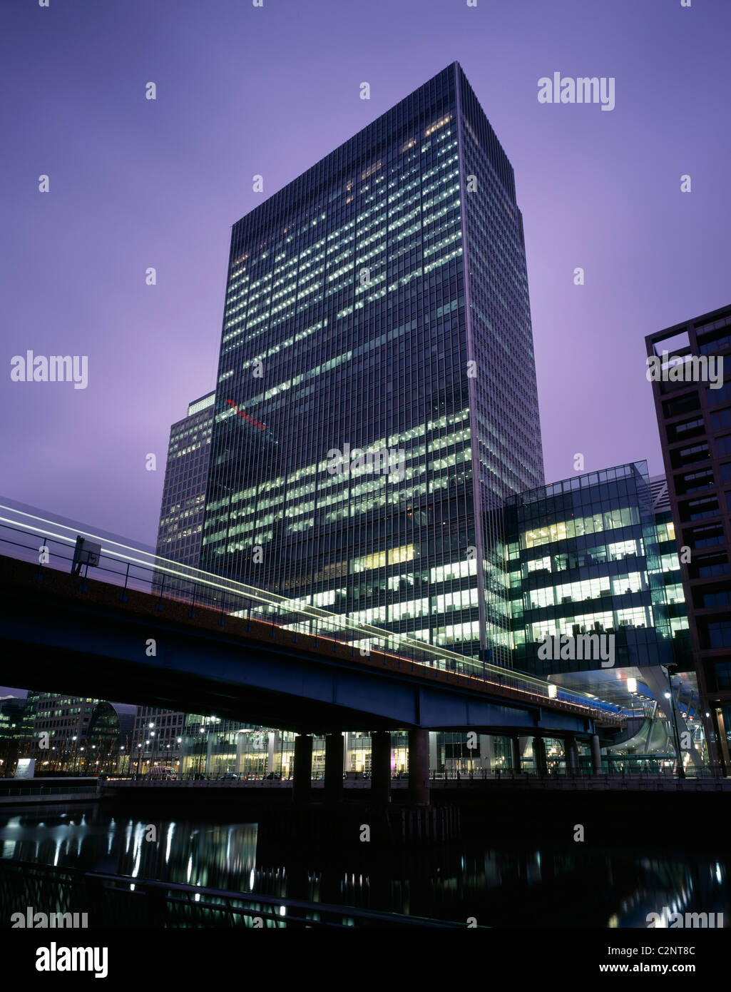 Office, Canary Wharf London. Dusk oblique view. - Stock Image