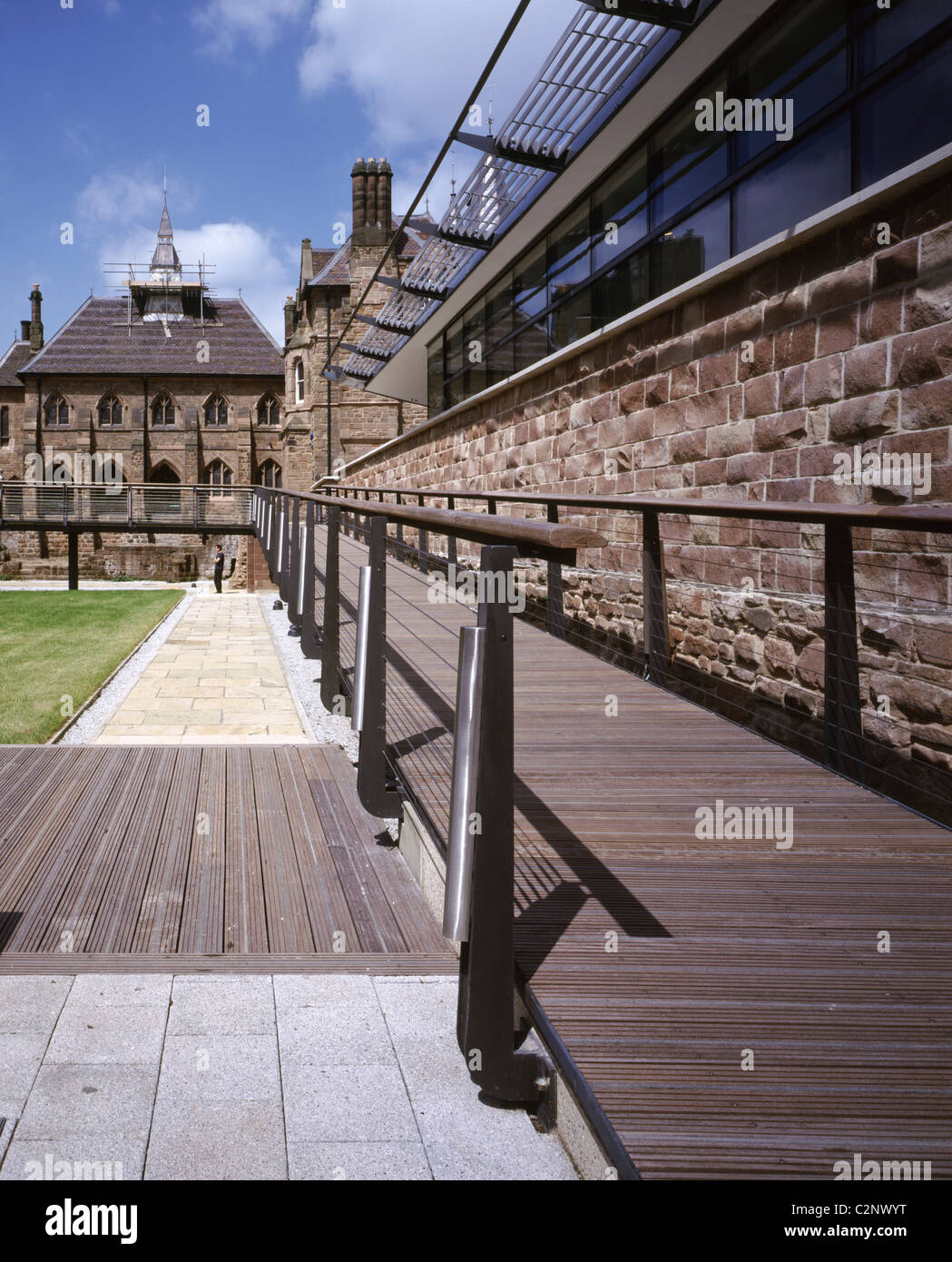 Visitor Interpretation Centre, Coventry. Ramp towards priory church at the south end. - Stock Image