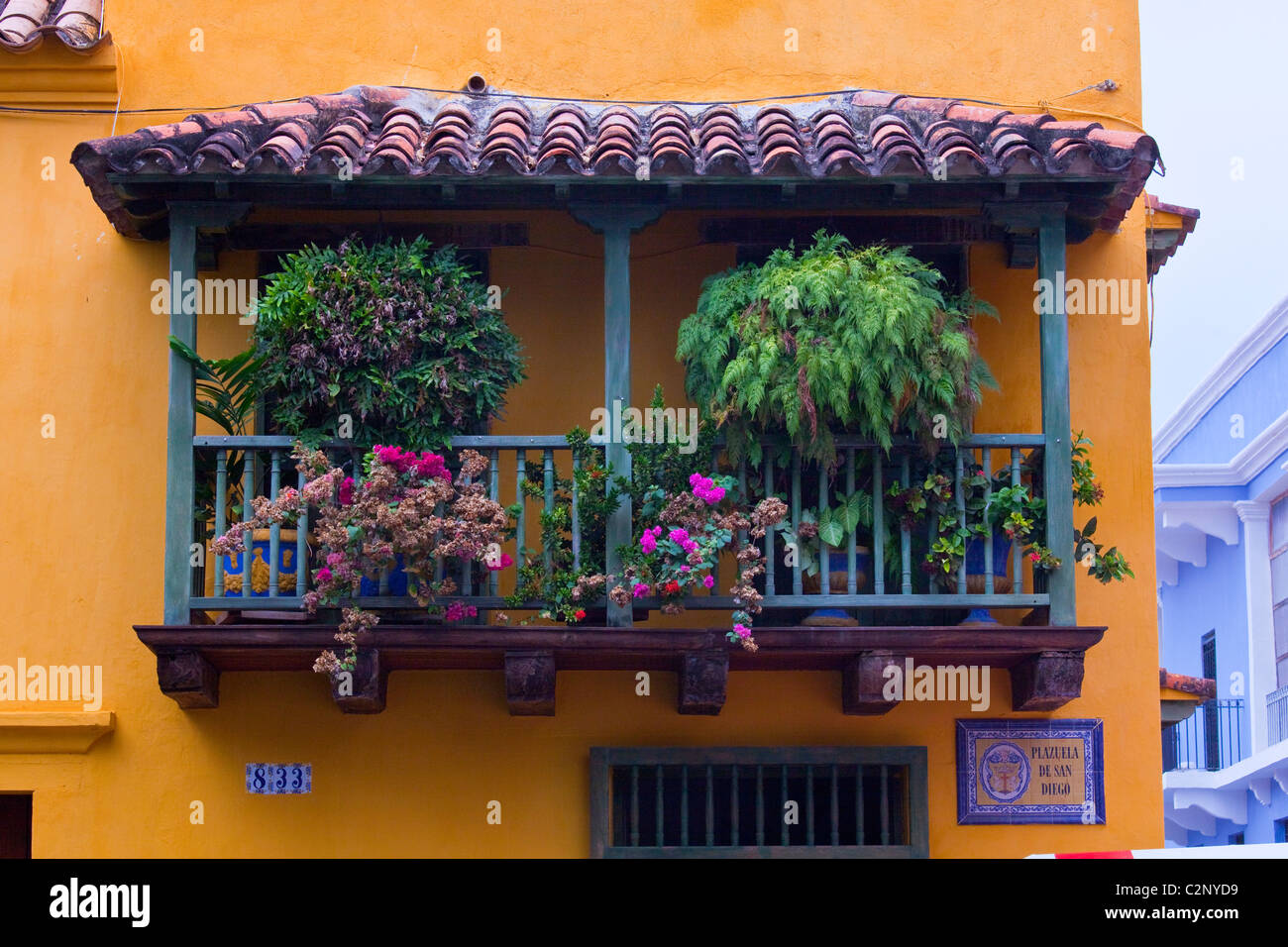 Balcony in the old town, Cartagena, Colombia - Stock Image