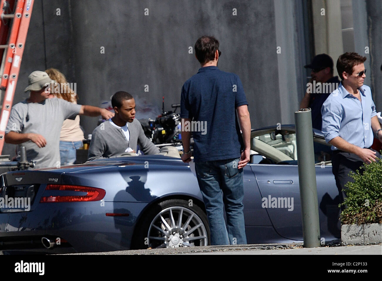 Bow Wow And Kevin Connolly On The Film Set For Hbo S Entourage In Stock Photo Alamy