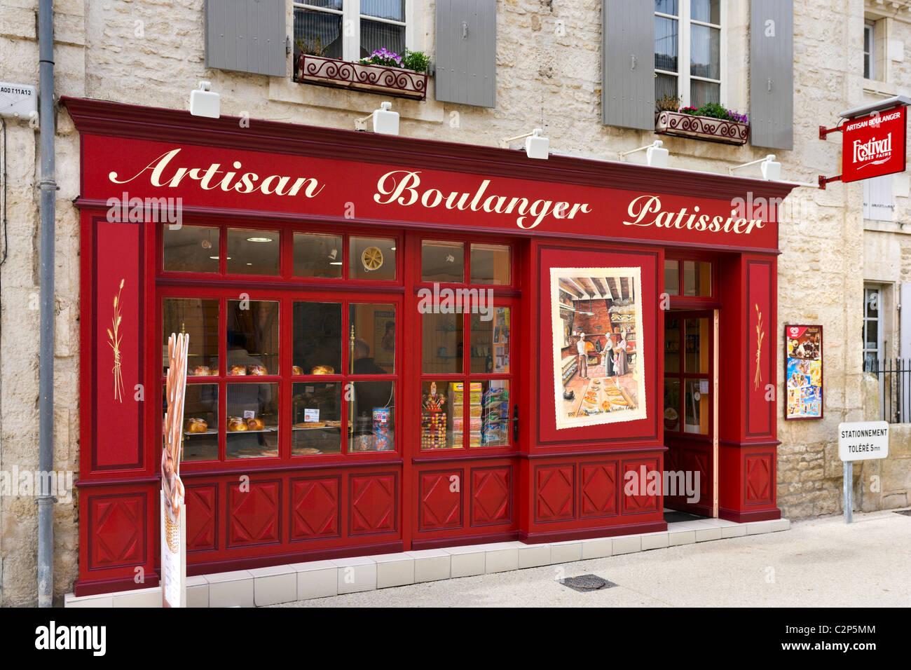 Traditional Boulangerie/Patisserie in the village centre, Coulon, Marais Poitevin, Poitou Charentes, France - Stock Image