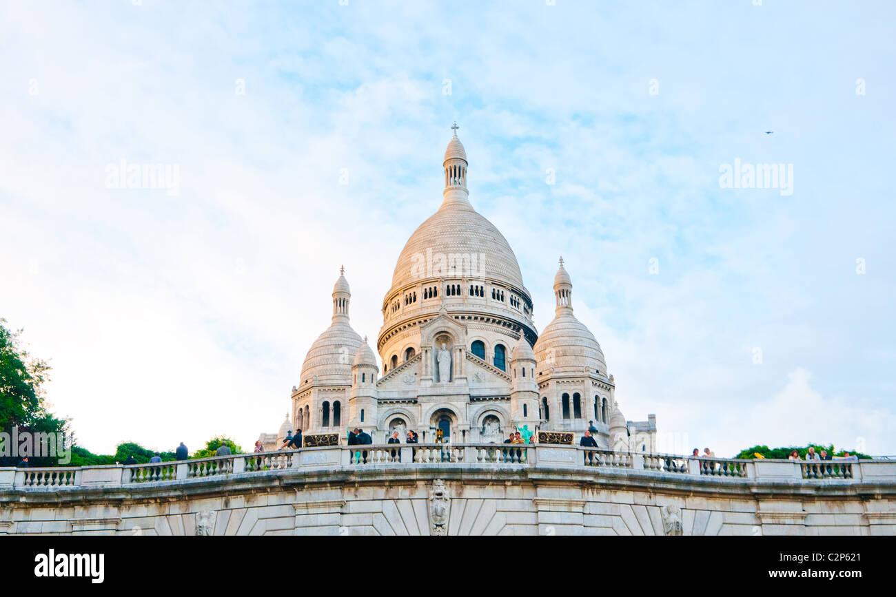Sacre-Coeur basilica (Basilica of the Sacred Heart of Jesus), Montmartre, Paris - Stock Image